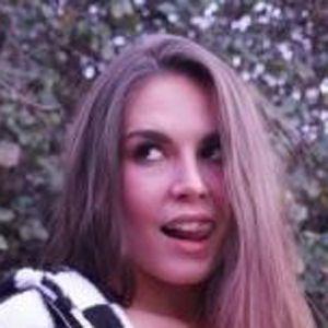 Lauren Alexis 7 of 10