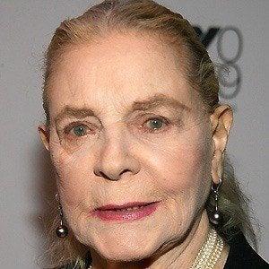 Lauren Bacall 2 of 10
