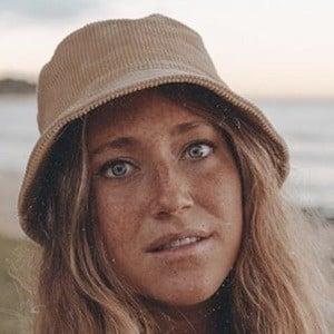 Lauren Beeston 4 of 6