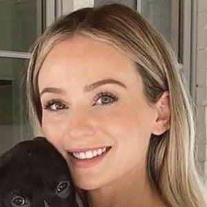 Lauren Bushnell Lane Headshot 5 of 10