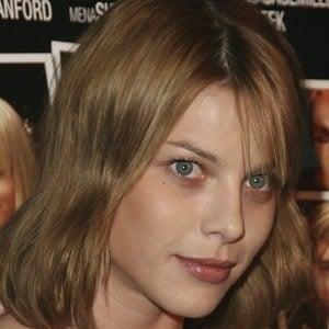Lauren German 5 of 6