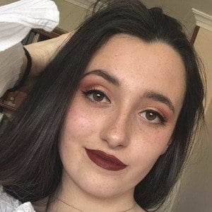 Lauren Grace Headshot 10 of 10