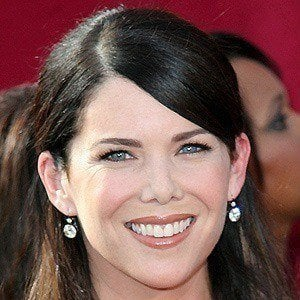 Lauren Graham 2 of 10
