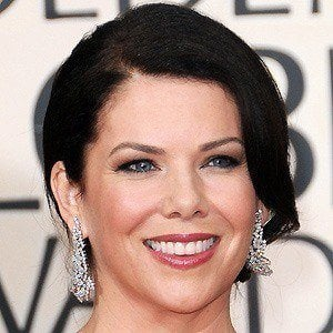 Lauren Graham 4 of 10