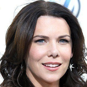 Lauren Graham 5 of 10