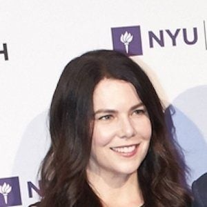Lauren Graham 9 of 10