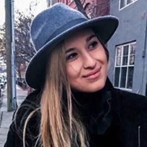 Lauren Mazzei 5 of 6