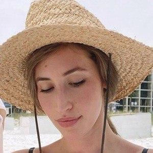 Lauren Paley Headshot 6 of 10