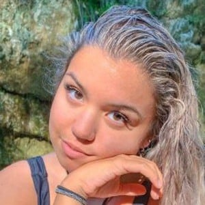 Lauren Ramos Headshot 10 of 10