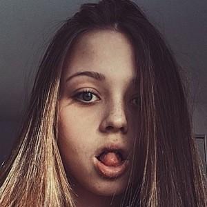 Lauren Veronica 3 of 6