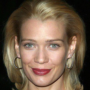Laurie Holden 4 of 10