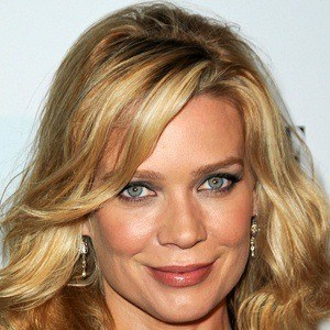 Laurie Holden 7 of 10