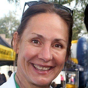 Laurie Metcalf 2 of 9