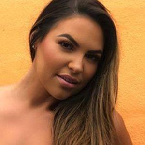 Lea Montes 6 of 6