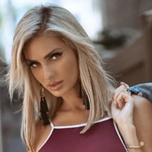 Leanna Bartlett 3 of 6