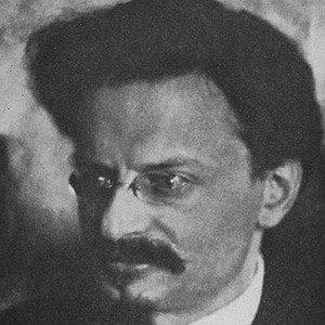 Leon Trotsky 2 of 4