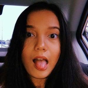 Kasih Iris Leona 2 of 6