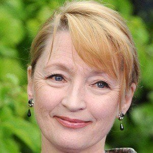 Lesley Manville 4 of 5