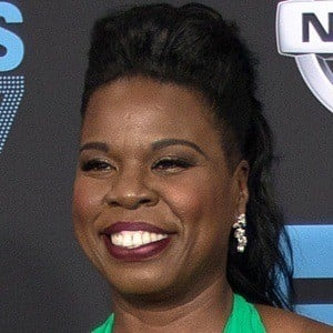 Leslie Jones 5 of 6