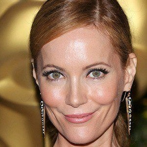 Leslie Mann 4 of 10
