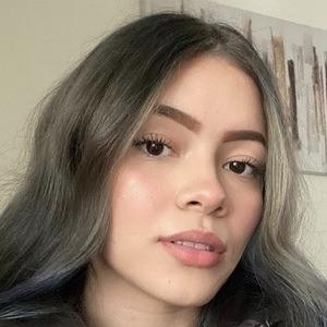Lesly Mejia Headshot 4 of 10