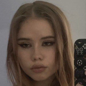 Lexee Smith 2 of 2