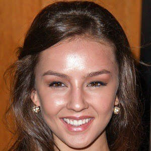 Lexi Ainsworth 4 of 9