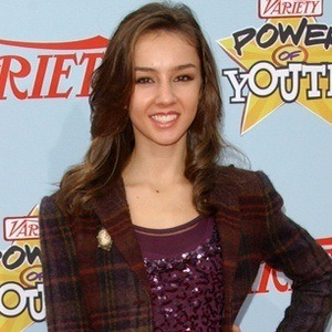 Lexi Ainsworth 7 of 9