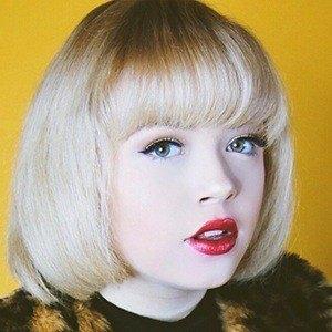 Lexi Lauren 6 of 10