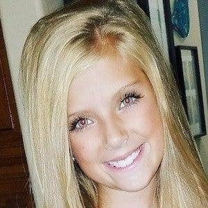 Lexi Smith 4 of 9