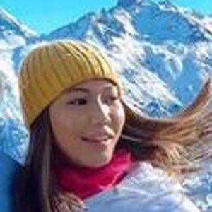 Lexine Cantoria Headshot 9 of 10