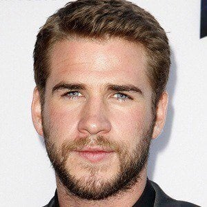Liam Hemsworth 2 of 10
