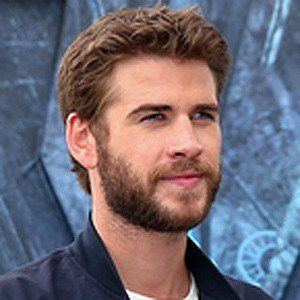 Liam Hemsworth 7 of 10