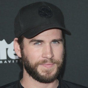 Liam Hemsworth 10 of 10