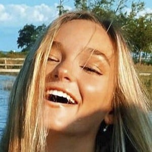 Lilah Pate Headshot 8 of 10