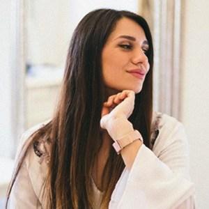 Lili Mitrovic 4 of 6