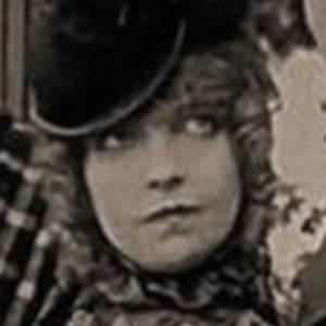 Lillian Gish 5 of 10