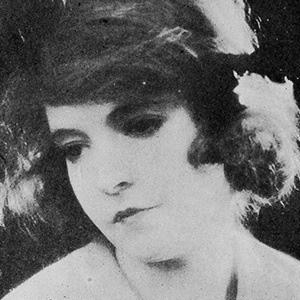 Lillian Gish 9 of 10