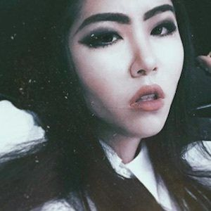 Lillian Liu 3 of 10