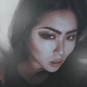 Lillian Liu 6 of 10