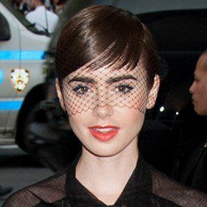 Lily Collins - Bio, Facts, Family | Famous Birthdays