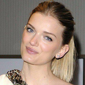 Lily Donaldson 4 of 5