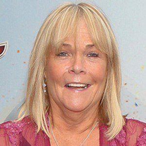 Linda Robson 3 of 5