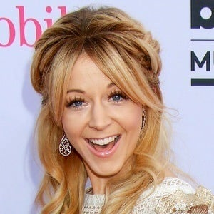 lindsey stirling bio facts family famous birthdays