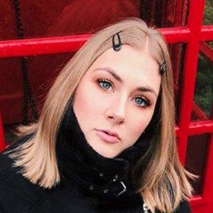 Lindsay Webster 4 of 6