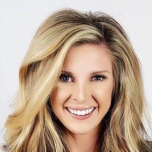 Lindsie Chrisley 3 of 6