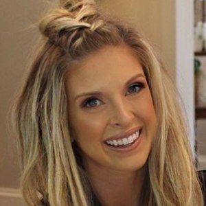 Lindsie Chrisley 4 of 6