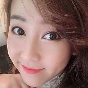 Lindy Tsang 5 of 10
