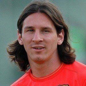 Lionel Messi - Bio, Facts, Family | Famous Birthdays