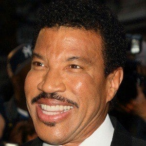 Lionel Richie 10 of 10